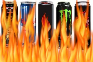 Энергетические напитки: взаимодействие, социальные последствия.