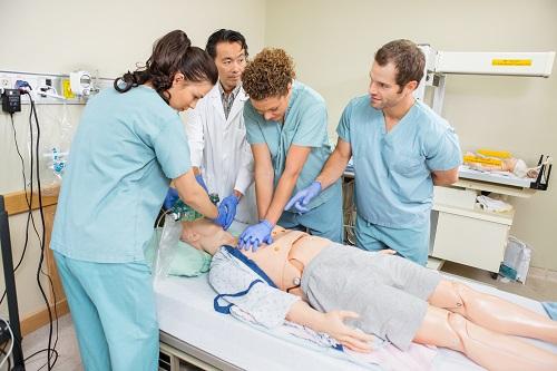 Курских врачей начали обучать с